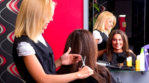 حواء: نصائح مهمّة قبل أن تقصّي شعرك