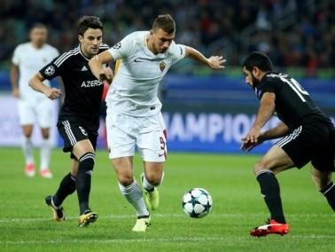 روما يعود من أذربيجان بفوز صعب على أجدام