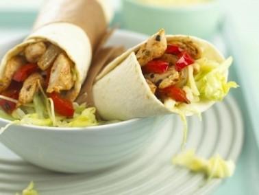 ساندويش الدجاج مع الخضار..صحيّ ولذيذ
