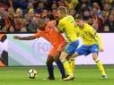 هولندا تودع المنافسات رغم فوزها على السويد الذي ضمن مكانه بالملحق