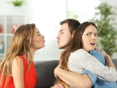 كيف تتعامل المرأة مولودة هذا البرج مع الخيانة؟