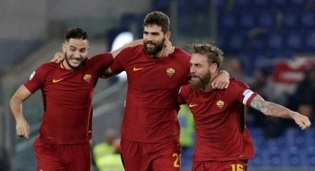 بيروتي وناينجولان يقودان روما للفوز على لاتسيو