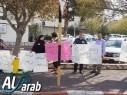 الحراك المجدلاوي ينظّم وقفة احتجاجية ضد قتل النساء أمام شرطة كرميئيل