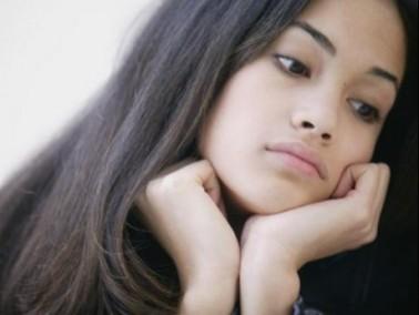 شابة (22 عامًا): لا أعرف كيف أتعامل مع والدي