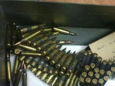 مداهمة وتفتيش في بلدة سالم وضبط اسلحة