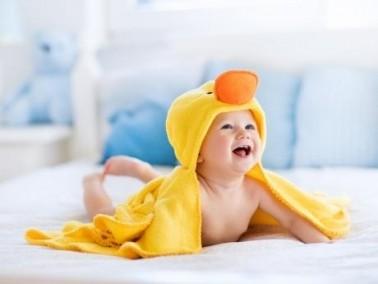 خطوات تساعدك عن استحمام طفلك