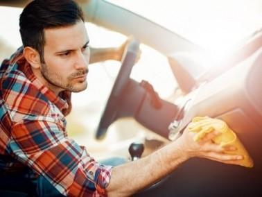 كيف تقوم بتنظيف سيارتك من الداخل؟