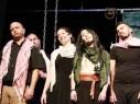 مجد الكروم: عرض مسرحية حادي القوافل لطلاب إعدادية درويش