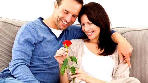 دراسة حديثة: الزواج يشعرك بالسعادة