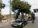 القدس: مسيرة بطريرك اللاتين بمناسبة عيد الميلاد بمرافقة أمنية