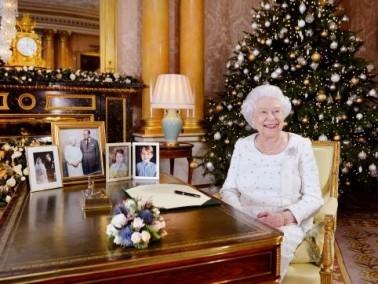 الملكة اليزابيث تستذكر لندن ومانشستر