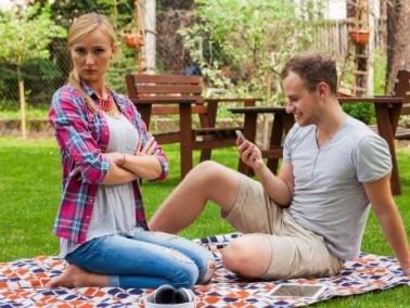 تحذير للنساء: هذه الحماقات قد تؤدي إلى الطلاق
