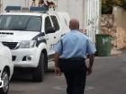 الشرطة: اعتقال 4 مشتبهين من القدس والمركز بمحاولة قتل وحيازة سلاح