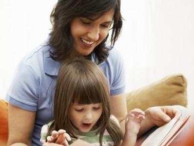 أساسيات اختيار القصص لطفلك..