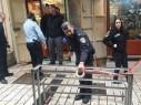 سطو مسلح على محل مجوهرات في سوق الناصرة وهرب المشتبهين