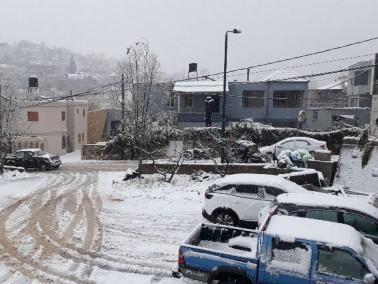 الثلوج البيضاء تكسو الريحانية والجش