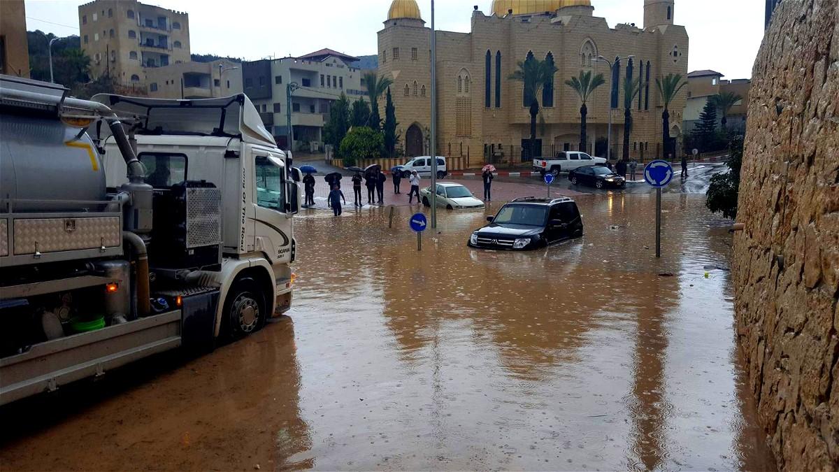 يافة الناصرة: غرق منازل بعد الامطار الغزيرة