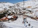 جبل الشيخ يعجّ بالزوار واغلاق المتنزه بعد توافد الآلاف