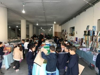 تمديد معرض الكتاب الكبير في كفرقاسم