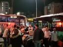 اصابة 11 شخصا بحادث طرق بين حافلتين في مدينة طبريا