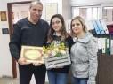 مجد الكروم: محمود درويش تكرم طالبتها ليديا سلامة على مشاركتها بنموذج الامم المتحدة