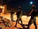 الجيش: اعتقال مطلوبين فلسطينيين ومشتبهين حاولوا التسلل الى البلاد
