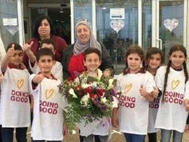 دير الاسد:عبد العزيز أمون تتبرع لمستشفى نهاريا