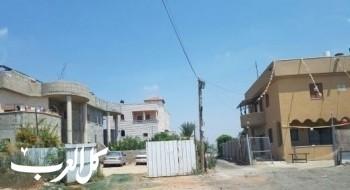 تجميد أوامر هدم ثلاثة بيوت في قلنسوة والسلطات ترفض توسيع المسطحات بالمدينة