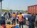 9 إصابات متفاوتة إثر حادث طرق سلسلة على مفرق كالانيوت قرب باقة الغربية