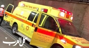 اصابة رجل بجراح خطيرة بحادث بين سيارة ودراجة نارية في الجولان