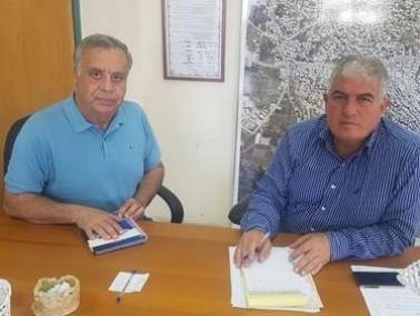 جلسة عمل موسعة بين كايد ظاهر ورئيس بلدية طمرة