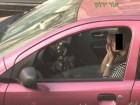 كم عدد السائقين المشغولين في الهاتف والماكياج والطعام أثناء القيادة؟