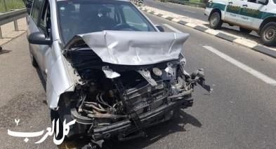 إصابتان في حادث طرق ذاتي قرب الشيخ دنون