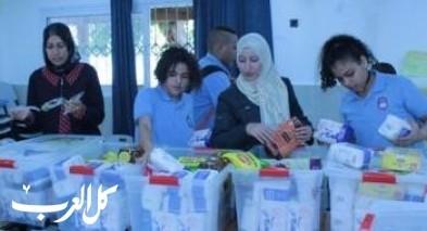 طلاب ابن سينا كفرقرع يتبرعون بطرود غذائية