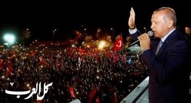أردوغان يعلن الفوز برئاسة تركيا والمعارضة تشكك واحتفالات عارمة في الشوارع