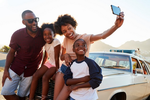 فوائد الرحلات العائلية وتأثيرها النفسي