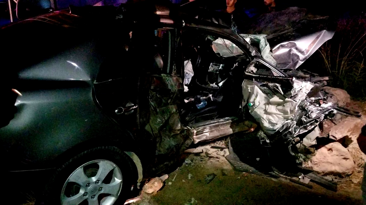 مصرع شاب واصابة 4 اخرين بحادث سير في واد الفارعة
