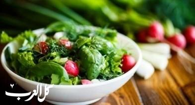 سلطة الورقيات الخضراء.. صحيّة وطعمها رائعة