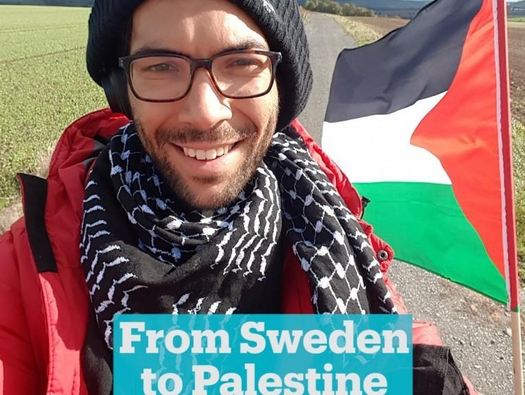 عبّاس يمنح الناشط لادرا الجنسية الفلسطينية
