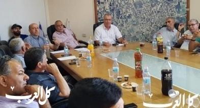 أجواء مشحونة في جلسة بلدية قلنسوة عقب الهدم