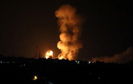 الجيش الاسرائيلي ينفذ سلسلة غارات  في غزة