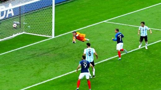 الفيفا تتوج فرنسا بلقب أجمل هدف في المونديال