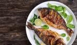 تعرفي على التتبيلة الألذ لقلي السمك الشهي