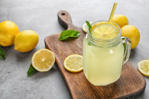عصير الليمون والزنجبيل..صحي ومنعش