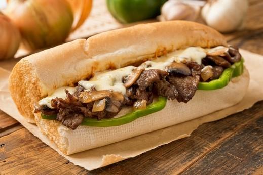 ساندويش ستيك بالفطر والجبن.. صحتين