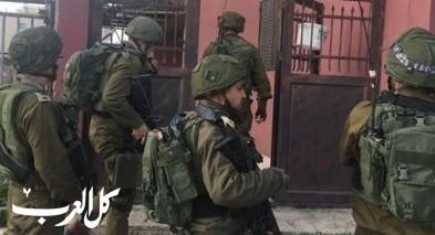 مصادر : اعتقال شاب بطريقة وحشية يسفر عن مقتله