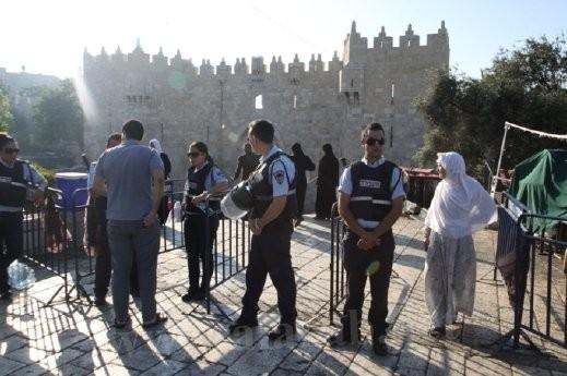 الشرطة: محاولة تنفيذ عملية طعن قرب باب العامود