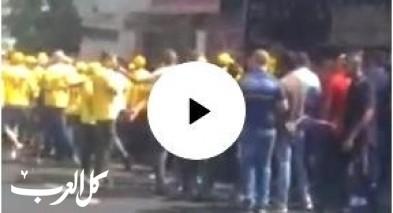 بالفيديو: اجواء متوترة وتلاسن بين النشطاء في الناصرة