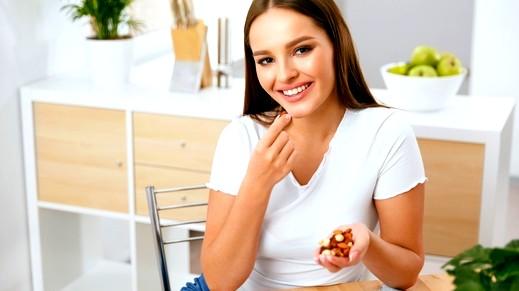 كيف يساهم اللوز في انقاص الوزن؟
