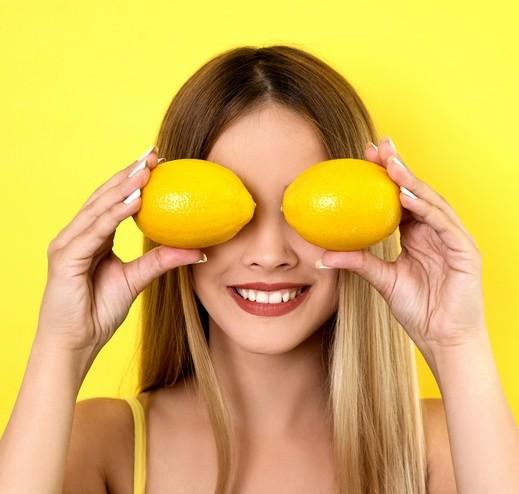 استخدامات مدهشة لليمون لا تعلمينها